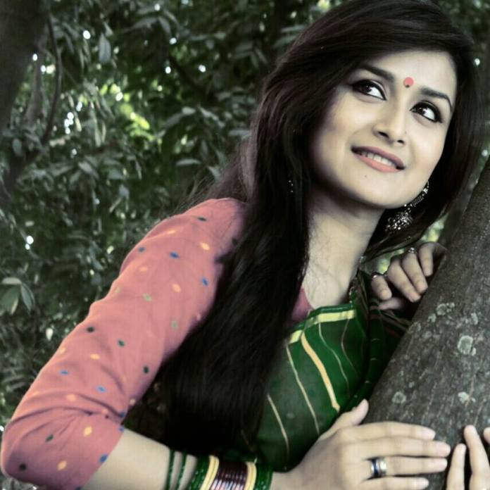 Nadia Nodi Bangladeshi Model & Actress 23