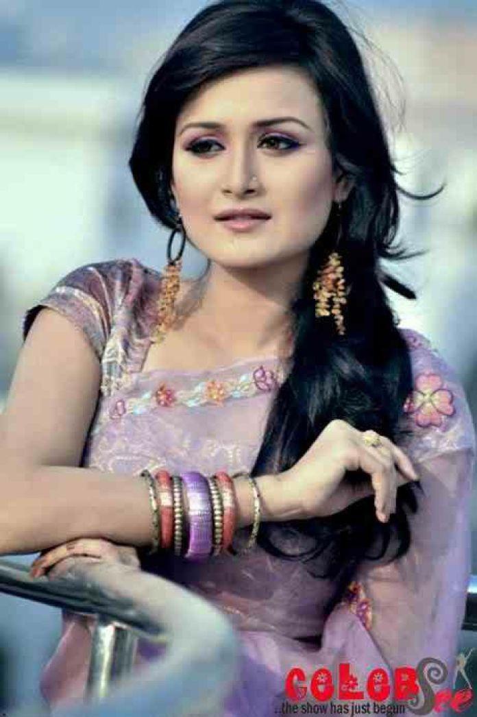 Nadia Nodi Bangladeshi Model & Actress 17