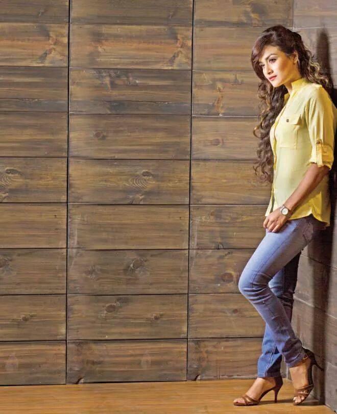 Nadia Nodi Bangladeshi Model & Actress 10