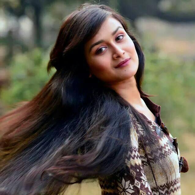 Nadia Nodi Bangladeshi Model & Actress 4