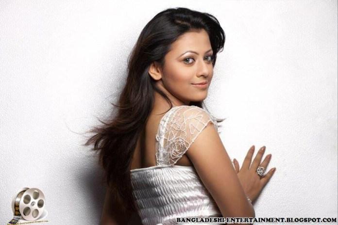 Azmeri Sultana Asha Latest Photos & Bio 12