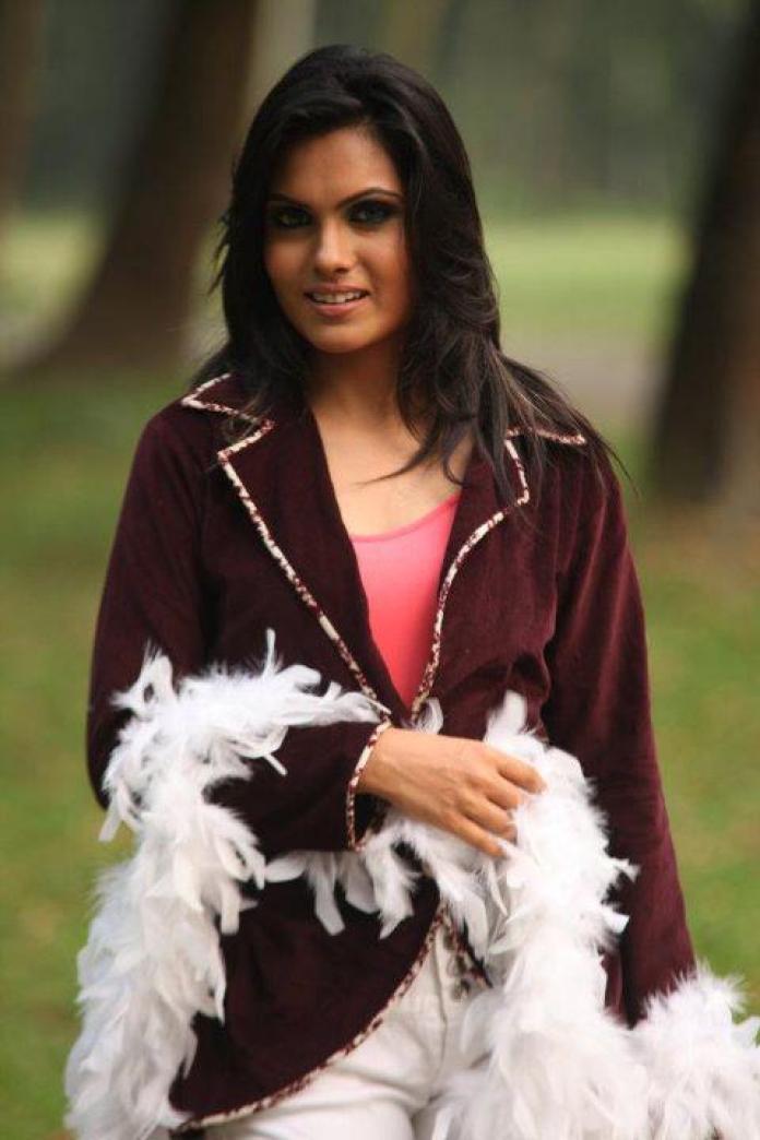 Hasin Roushan Bangladeshi Model's Unseen Photo 10