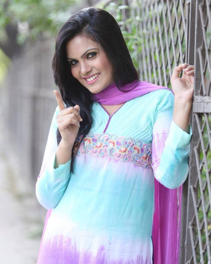 Hasin Roushan Bangladeshi Model's Unseen Photo 15