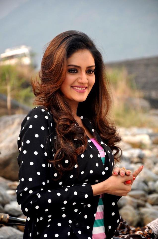 Nusrat Jahan - Kolkata Film Actress Bio & Best Images 3
