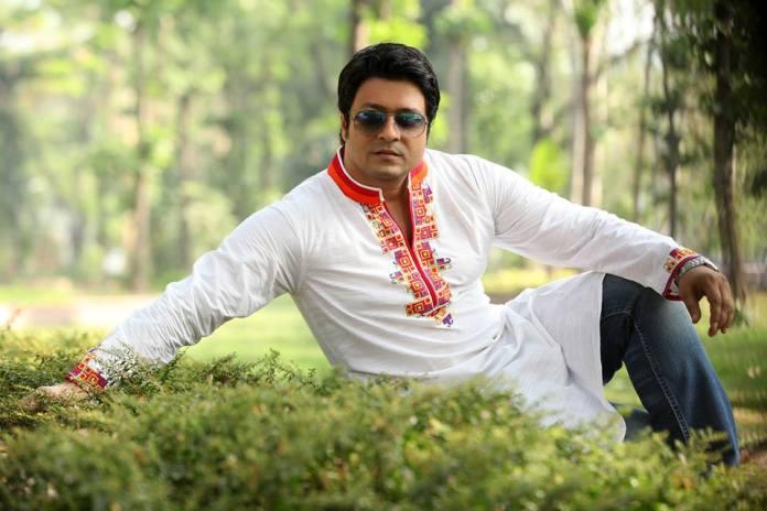 Bangladeshi Actor Ferdous Ahmed Short Biography & Pictures 6