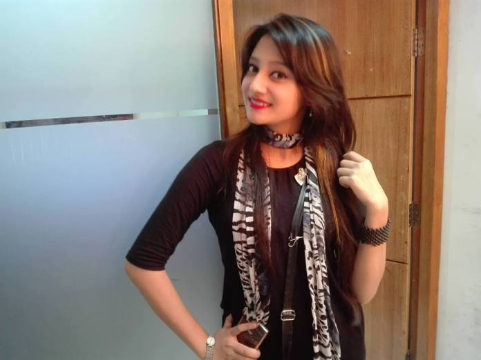 Bangladeshi Actress Puja Cherry Short Biography & Images 3