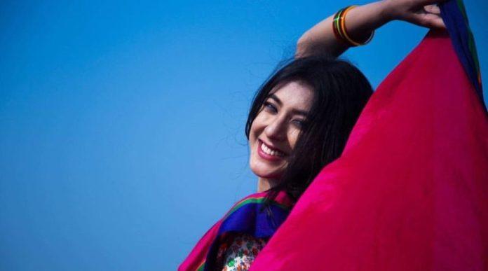 Bangladeshi Actress Neelanjona Neela Short Biography & Pictures 9