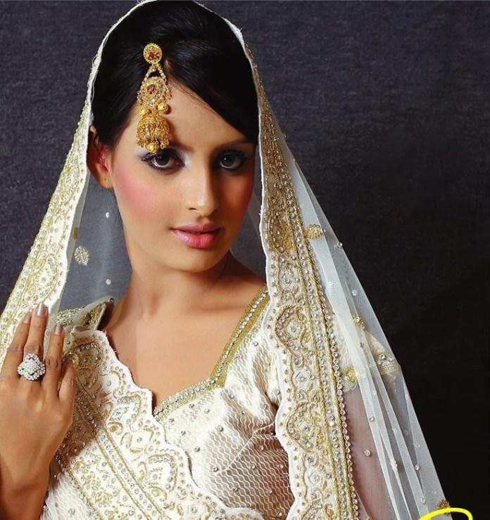 Bangladeshi Actress Nijhum Rubina Short Biography & Pictures 10