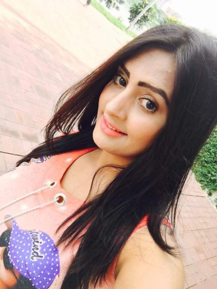 Bangladeshi Actress Nijhum Rubina Short Biography & Pictures 3