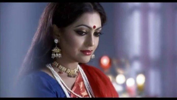 Bangladeshi Actress Nipun Akter Biography & Pictures 13