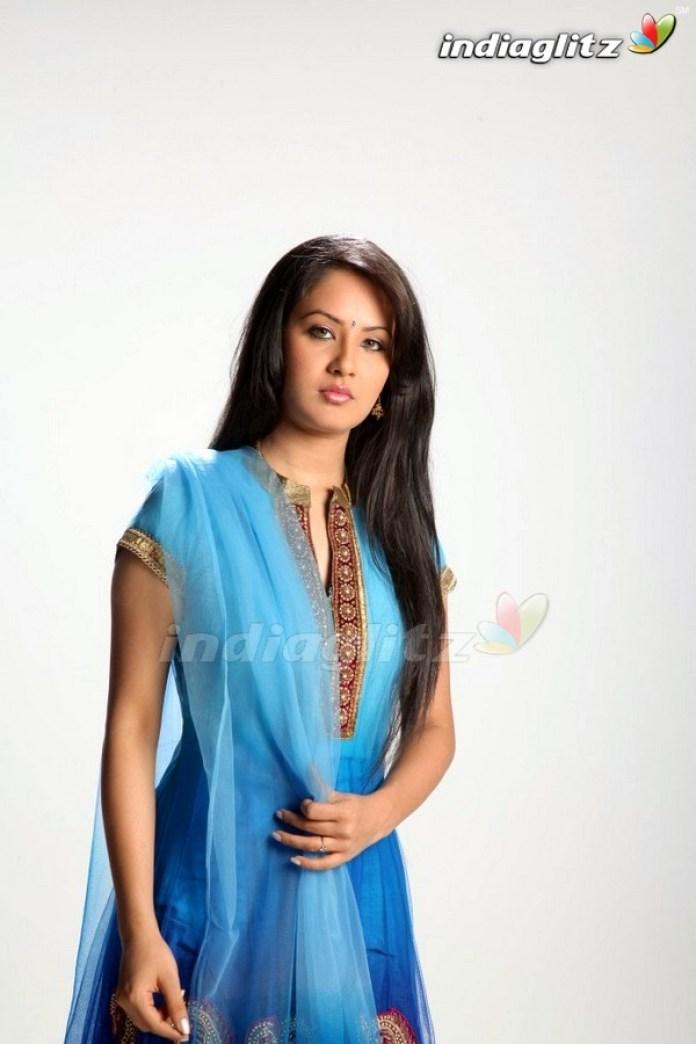 Bengali Actresses Pooja Bose Short Biography & Pictures 6