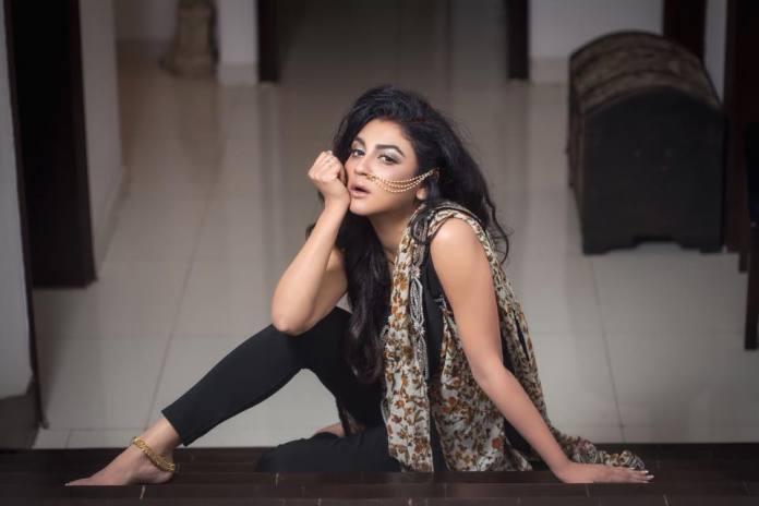 Bengali Actress Jaya Ahsan Best Images 13