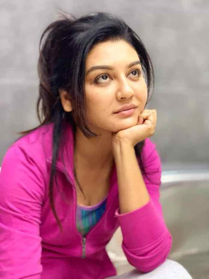 Bengali Actress Jaya Ahsan Best Images 21