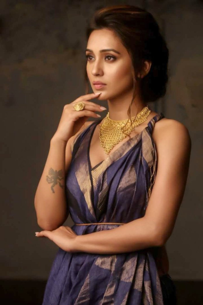 Mimi Chakraborty Hot Photos 19
