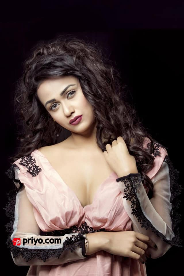 Airin Sultana - Bangladeshi Model & Actress 1