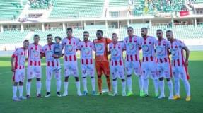 فريق حسنية أكادير يعزز صفوفه بثمانية لاعبين جدد