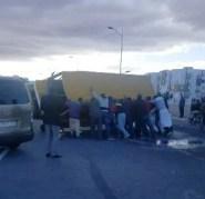 عاااجل(بالصور):حادثة خطيرة لسيارة للنقل المدرسي بأكادير، ومديرة المؤسسة تنفي وقوع ضحايا.
