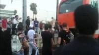 خطير…شبان يغامرون بحياتهم لتوقيف قطار بفاس