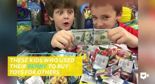فيديو| فاعل خير حديث الناس في ولاية أوريغون.. تعرفوا على السبب!!