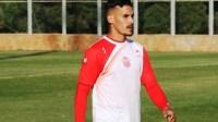 في البطولة المغربية لا تستغربوا: مدافع من حسنية أكادير يتربع على عرش هدافي البطولة