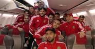 4 أطنان من الأمتعة والأغذية ترافق المنتخب المغربي الى الغابون