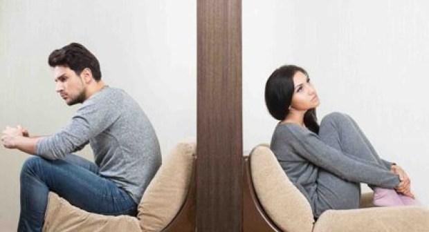 لهذه الأسباب قد يهجرك زوجك سيدتي، ومنها المواد الإباحية:
