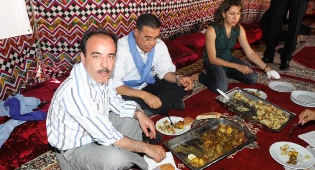 """بعد استقالة العماري.. صحراويون يطالبون بمتابعته قضائيا في ملف """"اكديم الزيك"""""""