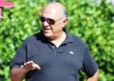 رئيس حسنية أكادير يطلق صرخات النجدة لإنقاد الفريق، ويوجه سهام النقد للمستشهرين.