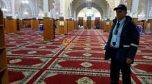 مساجد بتيزنيت تستعين بحراس وحارسات أمن لتنظيم المصلين في صلاة التراويح