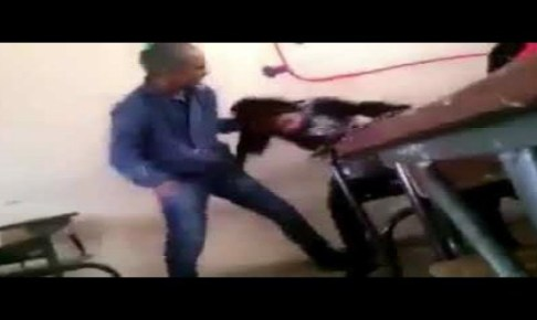 اعتقال الأستاذ الذي ظهر في فيديو وهو يعنف تلميذة داخل القسم بوحشية