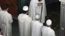بالصور والفيديو:فرنسي يعلن إسلامه بمسجد بأكادير وسط تكبيرات المصلين