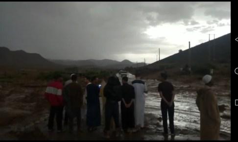 (+فيديو)أمطار غزيرة تتسبب في فيضانات جارفة بتارودانت