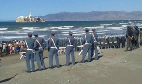 """وكالة اسبانية تكشف توجه المئات من الشباب إلى شواطئ الشمال بعد اشاعة نقل """"الحراكة"""" مجانا إلى اسبانيا"""