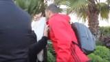 فيديو مؤثر.. اللاعب بلهندة يترك كل شيء ويتجه لتقبيل رأس والدته قبل مباراة الكاميرون