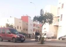 هدوء حذر يعود إلى شوارع أكادير، والتلاميذ يتوجهون إلى المدارس تحت مراقبة أعين رجال الأمن