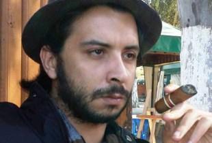 """تدوينة """"قطع رؤوس قادة البيجيدي"""" تقود أسامة الخليفي إلى السجن."""