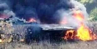 فيديو سقوط طائرة حربية و نجاة الربان من موت محقق
