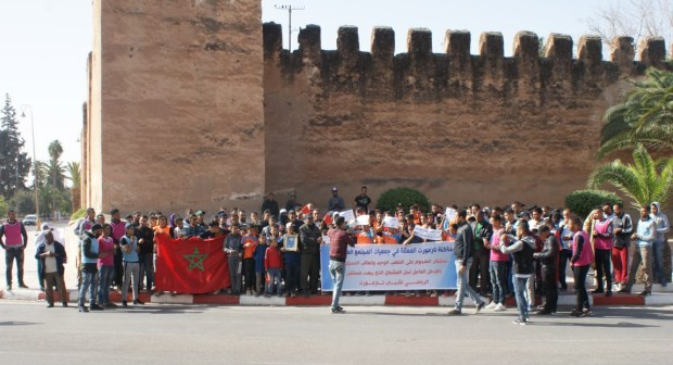 تارودانت: هجوم على ملعب، يخرج مدنيين للاحتجاج.