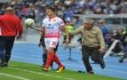 أكادير : لاعبون من الوداد ومدربهم يثيرون الجدل بتصرفاتهم الغريبة بعد الهزيمة أمام حسنية أكادير
