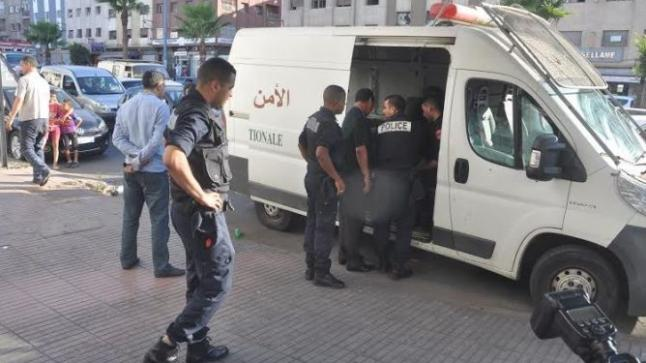 أمن أكادير يعتقل شخصا ظهر في فيديو يحمل سلاحا ويُحرض ضد جمهور أحد الفرق الوطنية