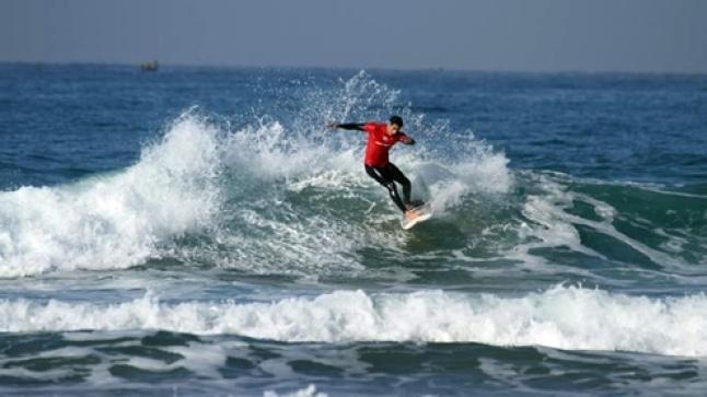 اختتام منافسات دوري أكادير الدولي المفتوح لركوب الموج بشاطئ إيموران
