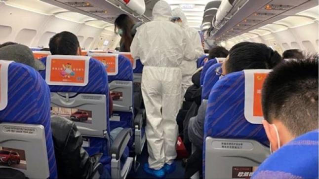 """فتح بحث قضائي في تسريب معطيات ركاب الطائرة التي أقلت المصاب بـ""""كورونا"""""""