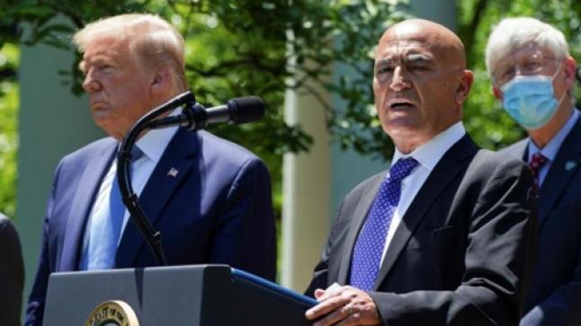 """العالم المغربي منصف السلاوي يقدم استقالته من منصبه كرئيس لفريق تطوير """" لقاح كورونا """""""