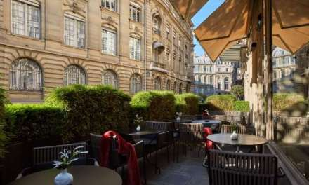 ATG Quirkies: Room Service for Books….in Paris!