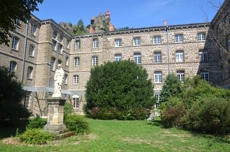 Cour du Grand Séminaire du Puy