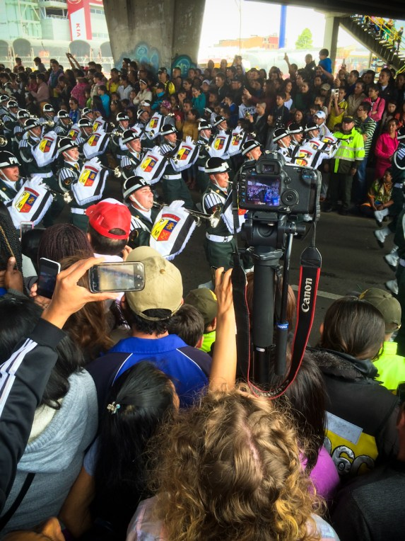 """Filming the Independence Day """"desfile"""" (military march), amongst the HUGE crowds."""