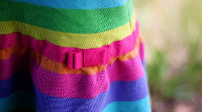 traje de arcoiris