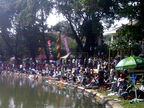 Fishing in Menteng