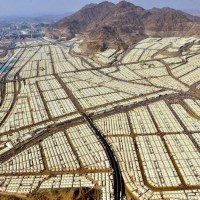 The wealthy Saudi Arabia and the other Gulf states receive zero Syrian refugees