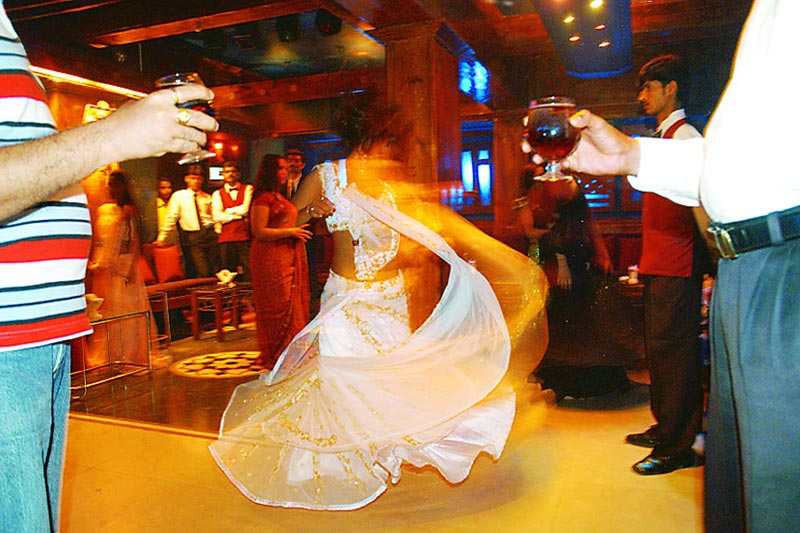 The Legend Of The Mumbai DANCE-BARS